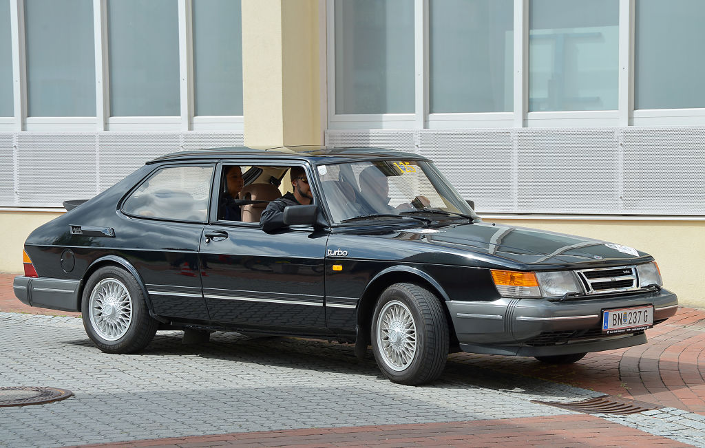 the saab 900 is a reliable classic car thats still on the road today