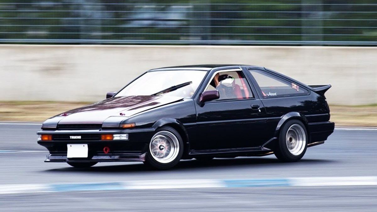 the toyota corolla ae86 is a reliable classic that still runs today