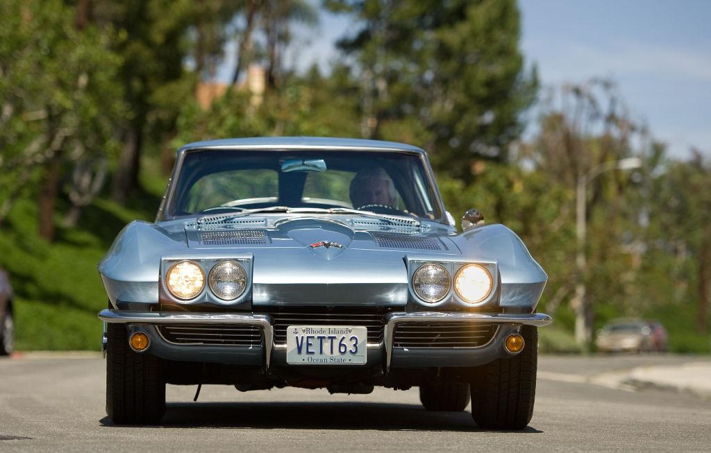 corvette-sting-ray-1033442386-47620