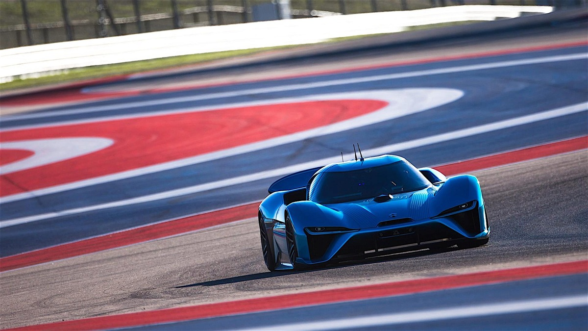 the-world-s-fastest-electric-car-just-set-two-incredible-lap-records-115744_1