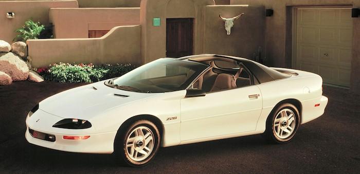 1993-Chevrolet-Camaro-Z28-Press-700x340