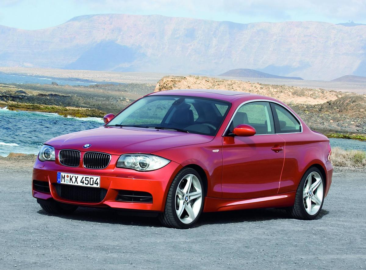 2011-bmw-135i-coupe-and-c