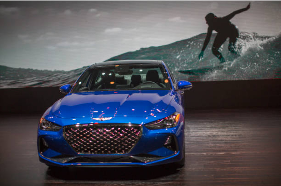 Genesis G70 new features