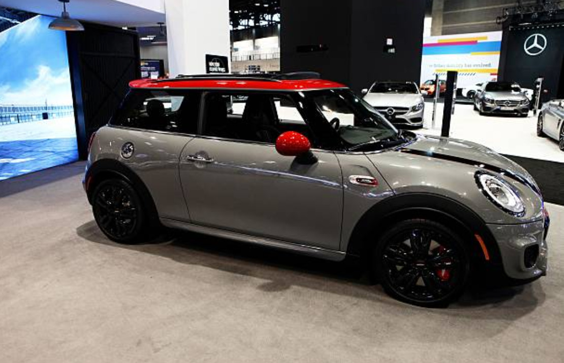 MINI Hardtop new features