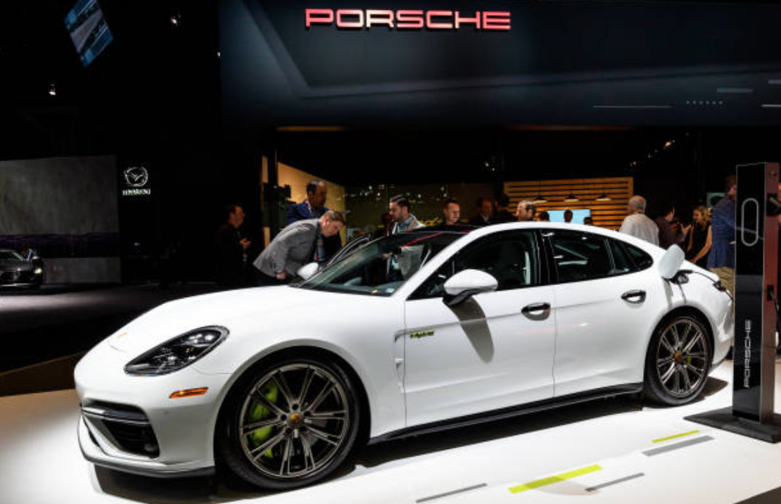 Porsche Panamera new features