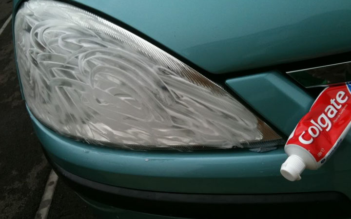 toothpaste to clean headlight