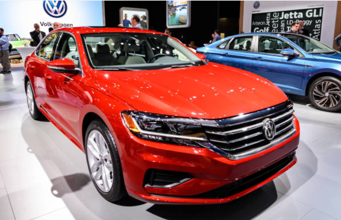 Volkswagen Passat new features