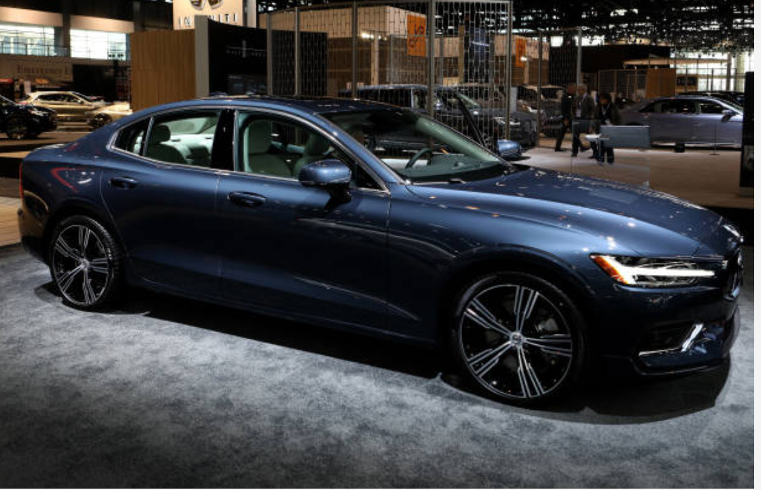 Volvo S60 new features