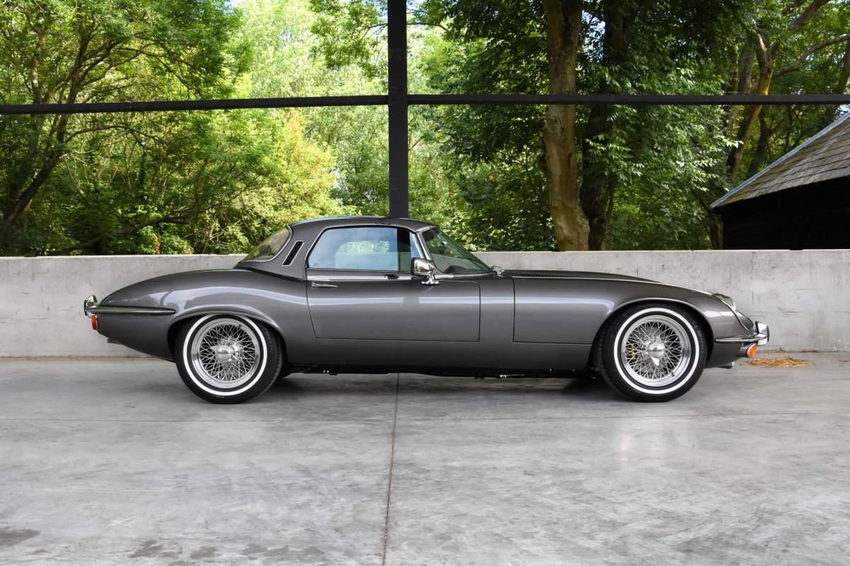 1974-jaguar-e-type-series-3-v12-6-1-restomod-13-4475