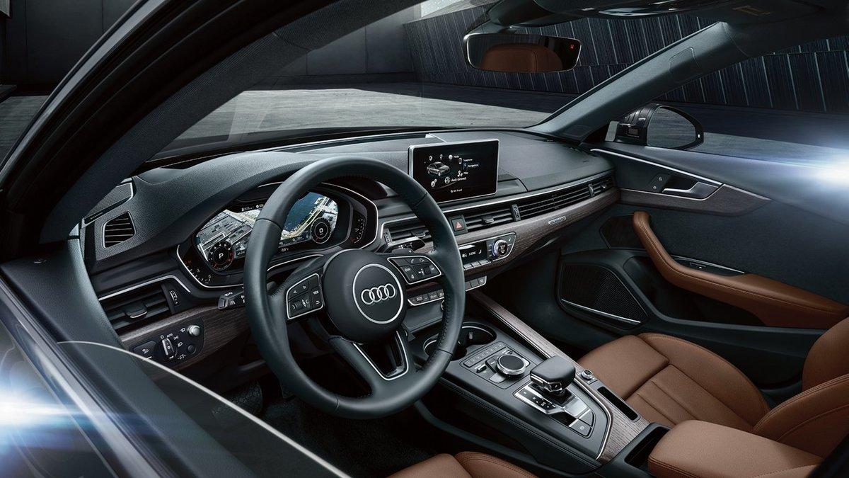 2019 Audi 4 interior