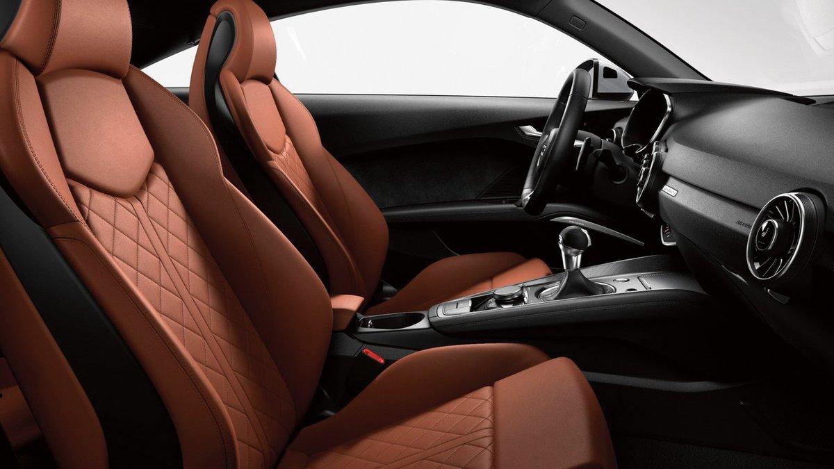2019 Audi TT interior