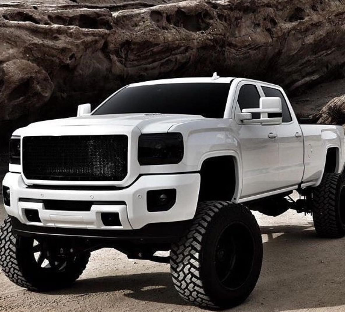 2500 Lifted Dodge Ram