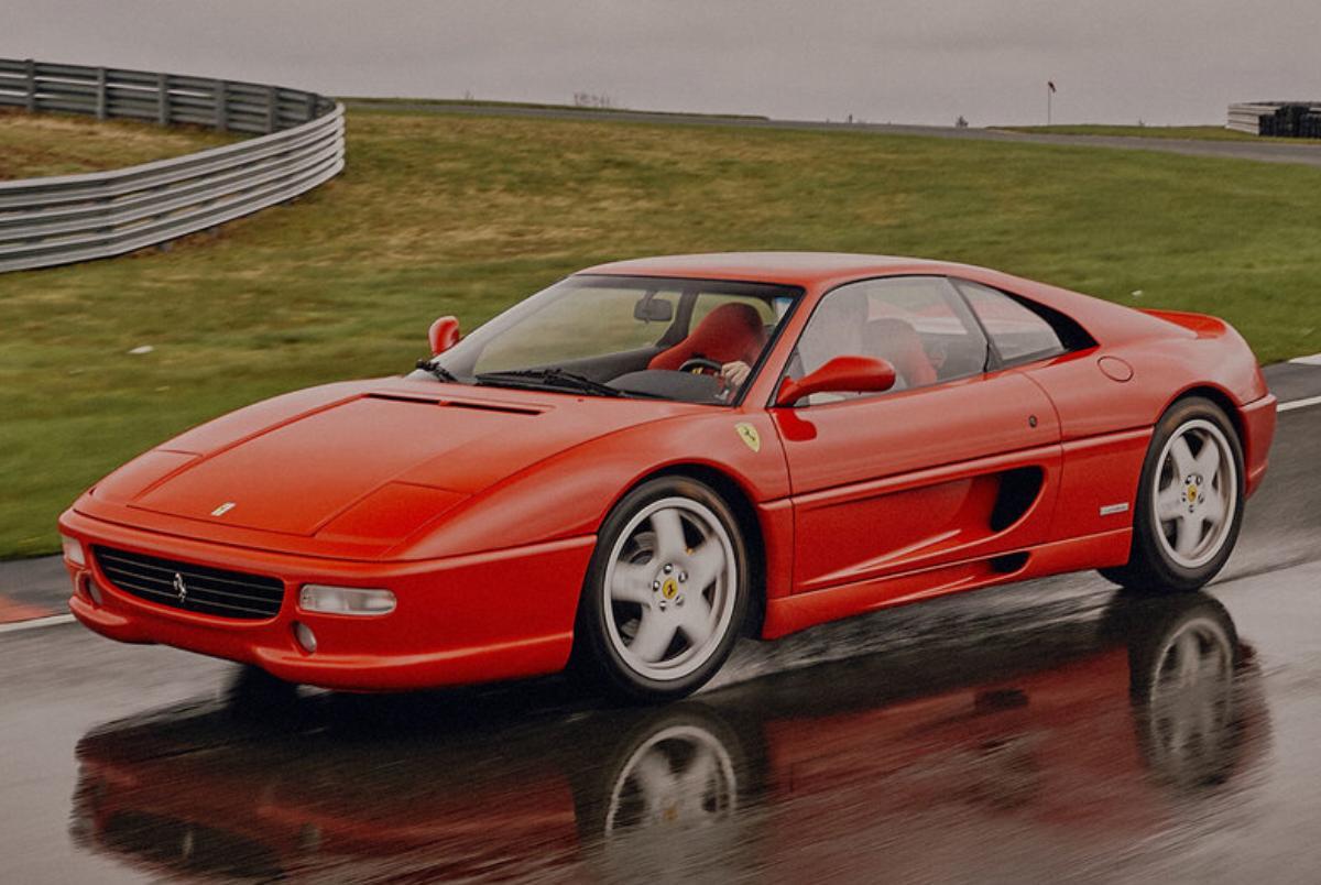 Ferrari F355 Modificata restomod