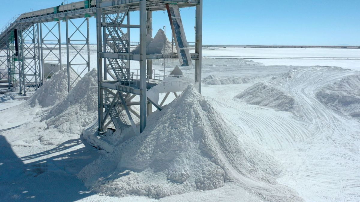 BOLIVIA-LITHIUM-PRODUCTION