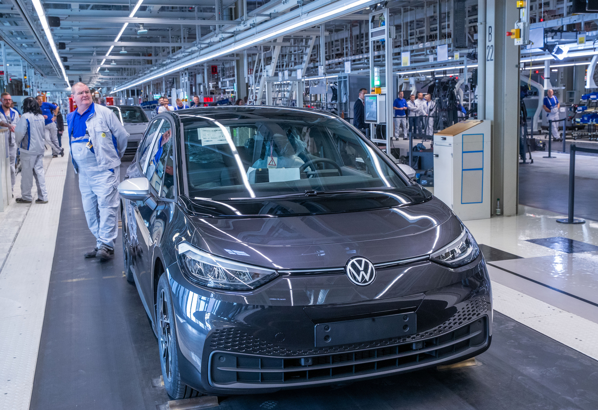 Volkswagen starts production of electric car ID.3