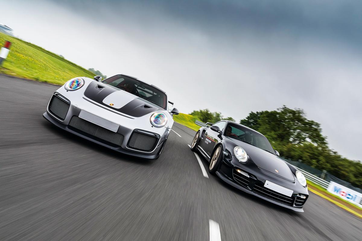 Porsche 911 GT2 RS & Porsche 997 GT2 RS