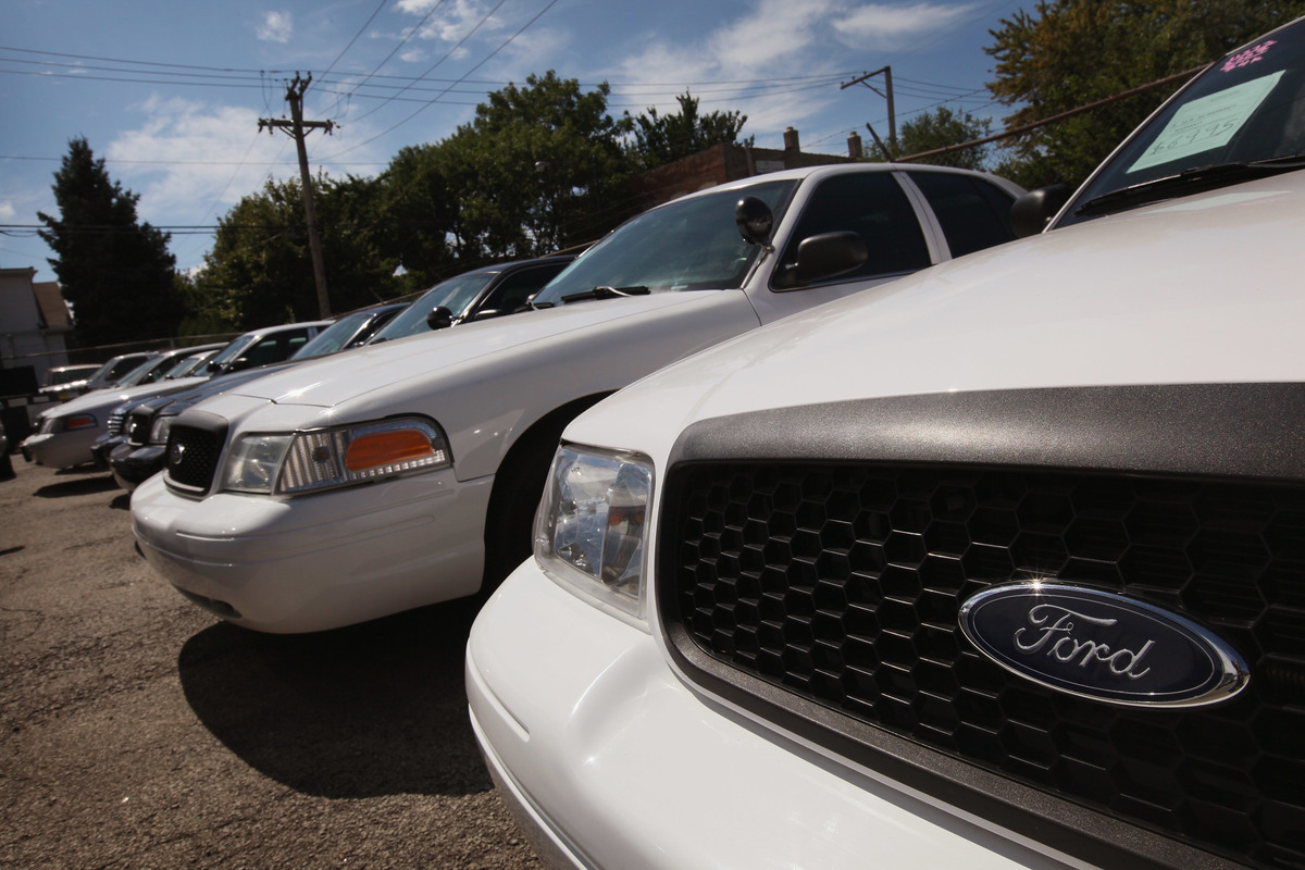 Sales Skyrocket For Crown Victoria, As Ford Prepares To Phase Out Model
