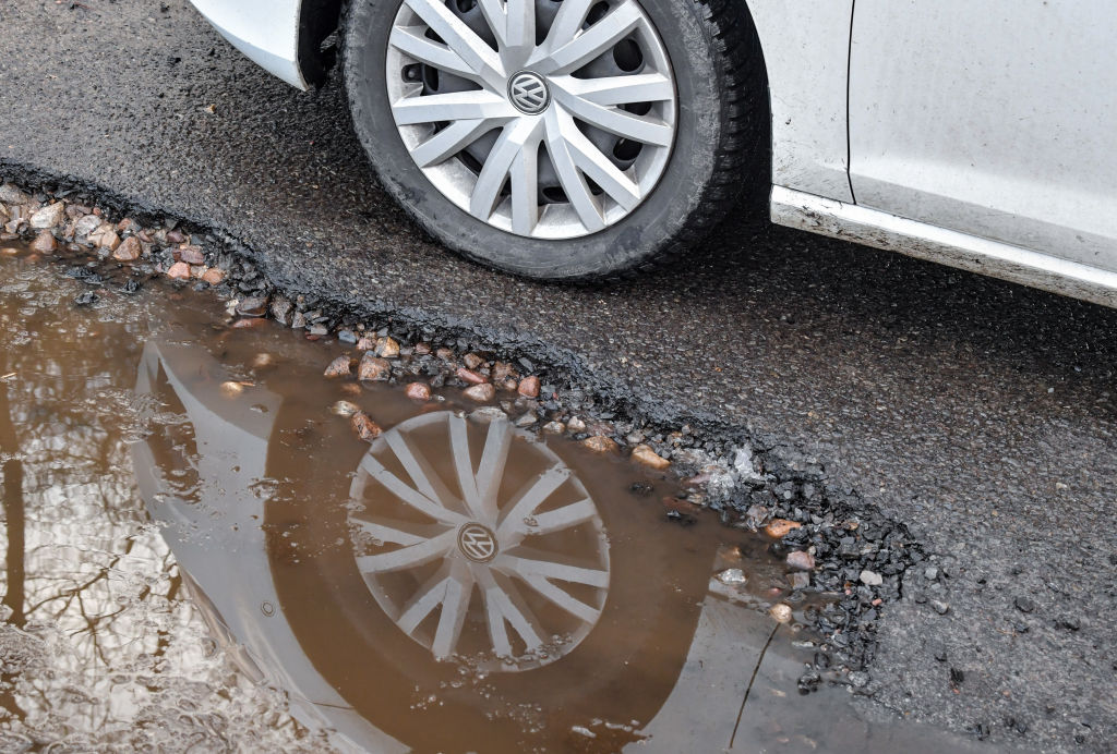 avoid potholes