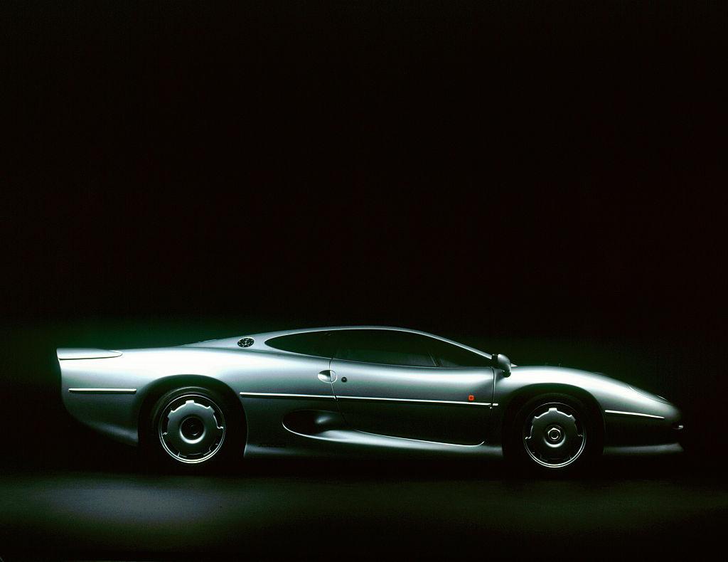 1993 Jaguar XJ220, 2000.