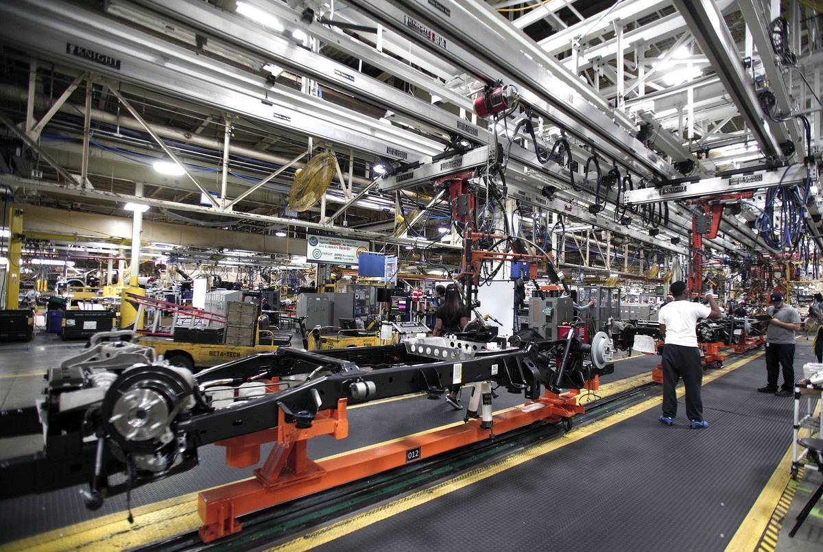 Chrysler Highlights Truck Assembly Plant In Warren, Michigan