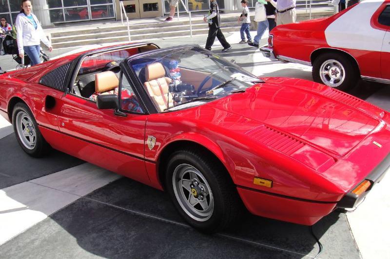 Ferrari 308 GTSi Magnum P.I