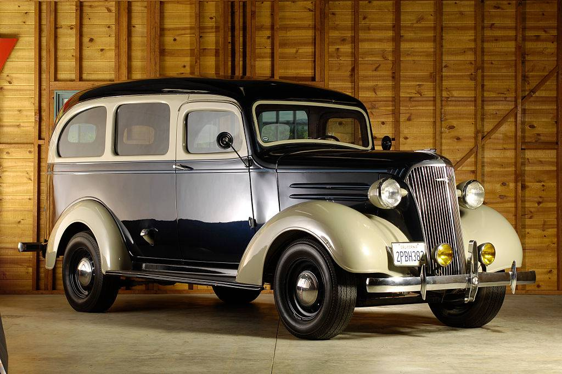 Chevrolet Suburban 1937 .