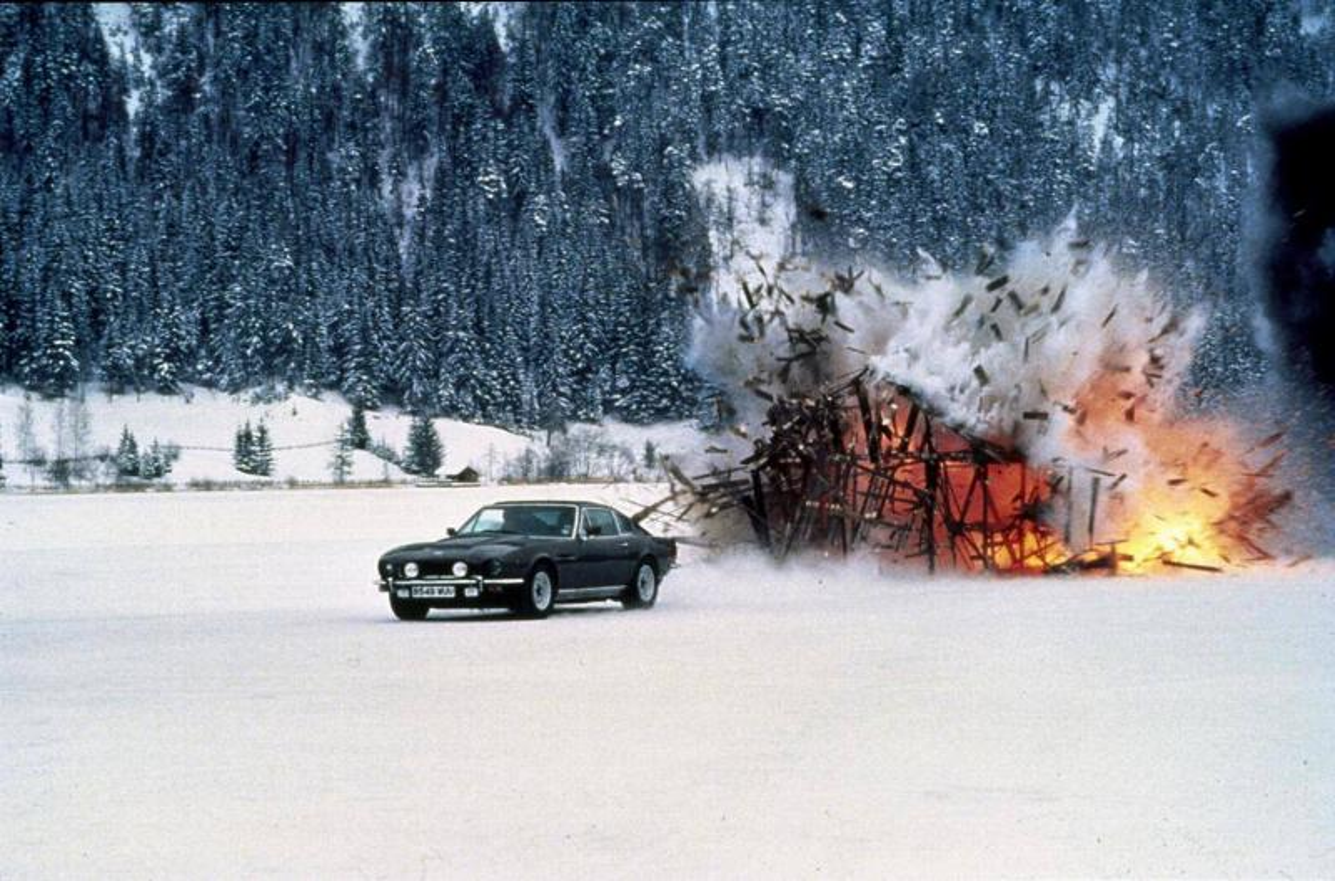 Aston Martin V8 Vantage Series III