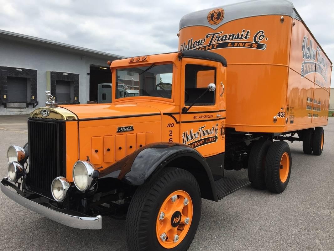 1939 Mack Truck
