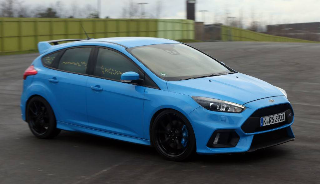 ford focus rs on the track
