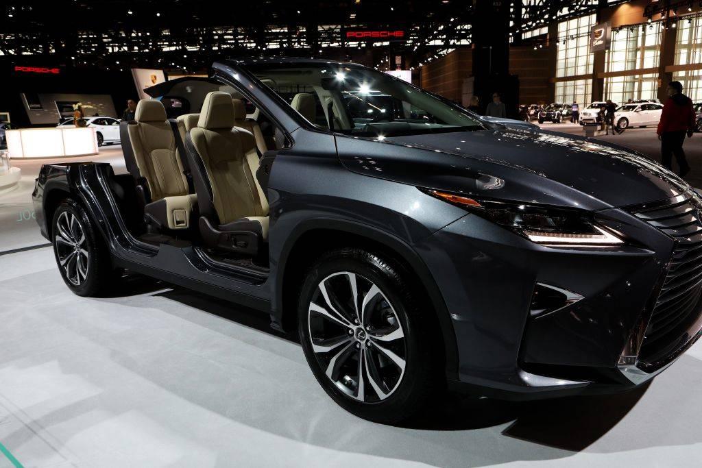lexus luxury vehicle