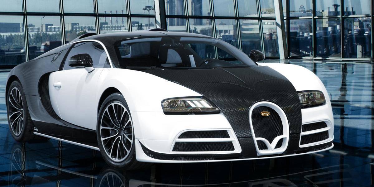 mansory_bugatti_veyron on display