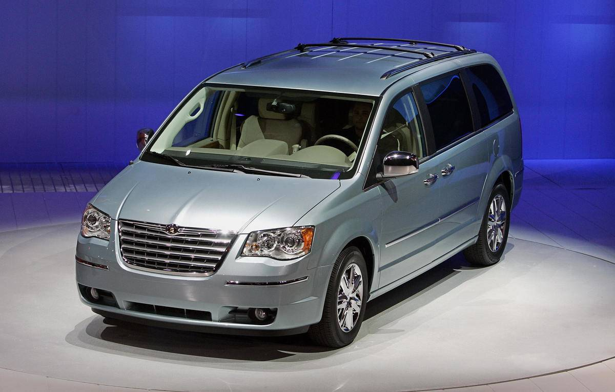 Chrysler's new 2008 Town and Country Min