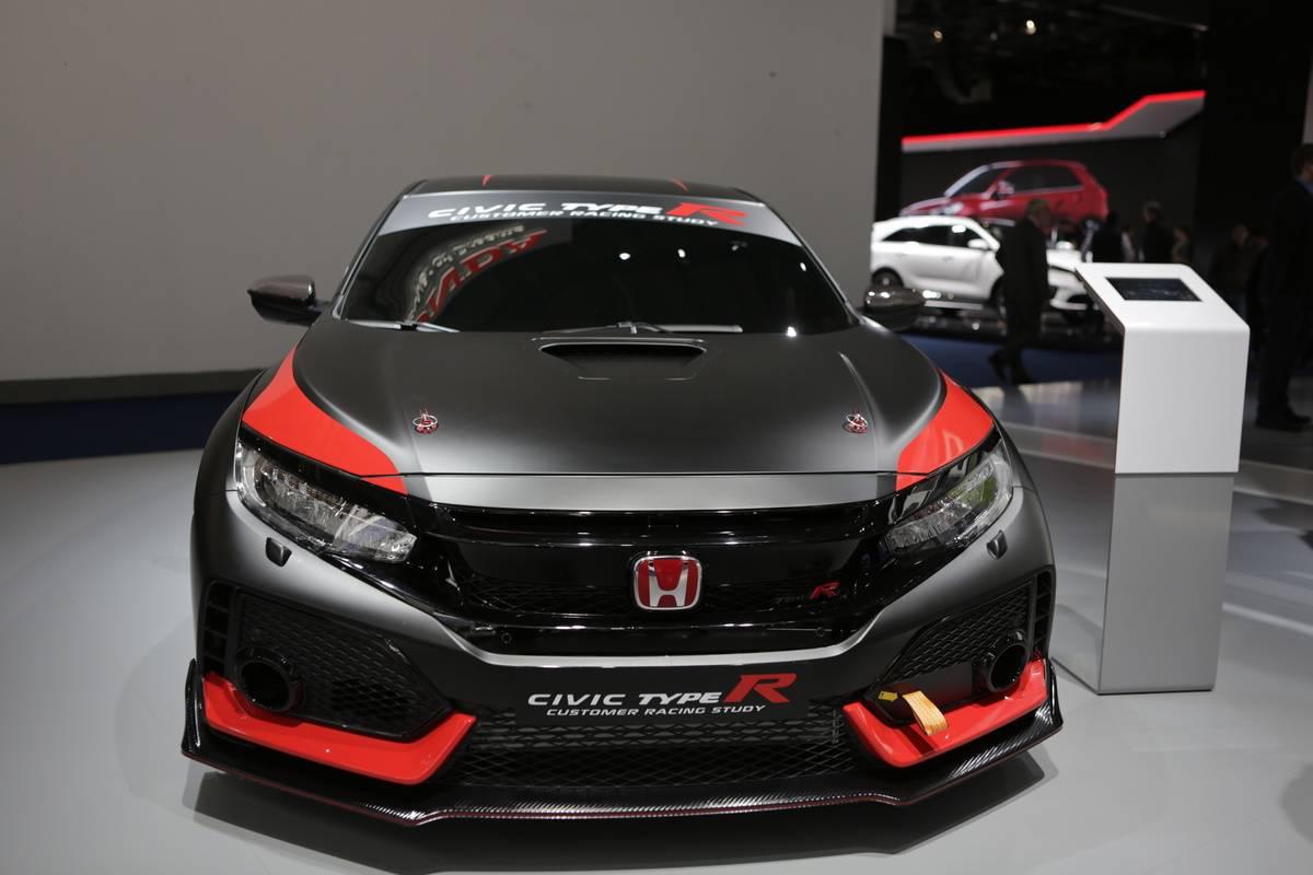 The Japanese car manufacturer Honda presents the Honda Civic...