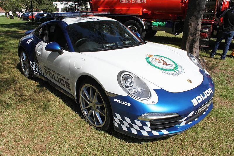 2014_Porsche_911_991_Police_Promotional_Car_(16506318689)