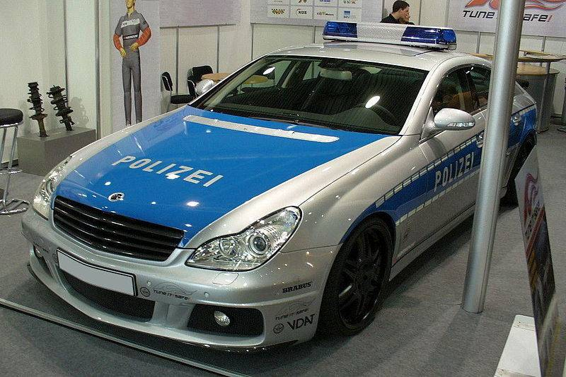 800px-Brabus_Rocket_Polizei