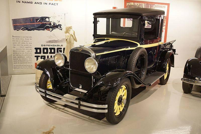 1929_Dodge_Brothers_Merchants_Express_Pick-Up_(31063594484)