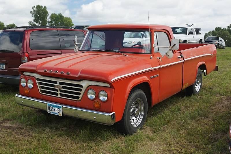 800px-1964_Dodge_D-200_Pick-Up_(27785858403)