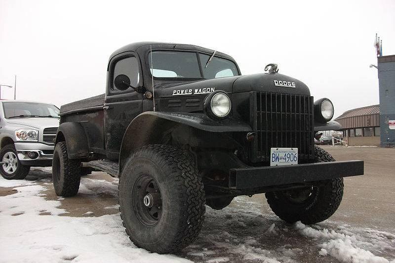 Dodge_Power_Wagon_WM-300
