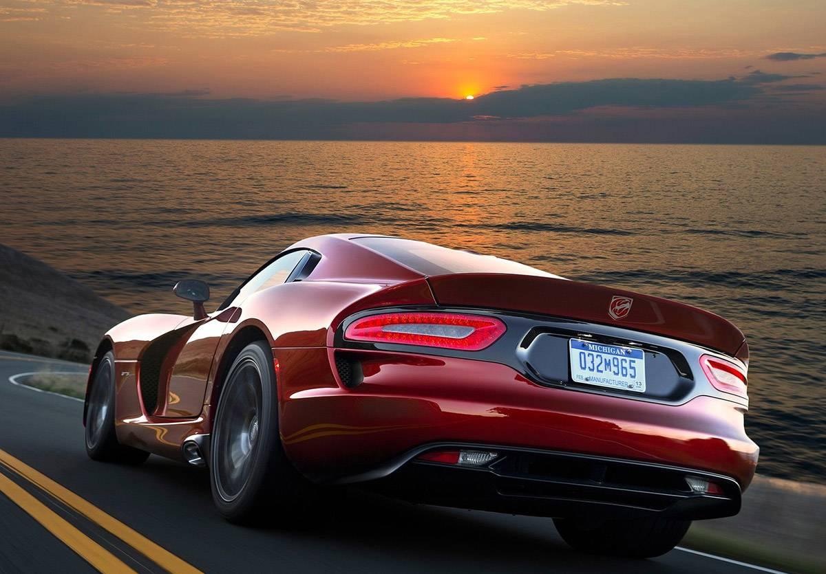 Dodge-SRT_Viper_GTS-2013