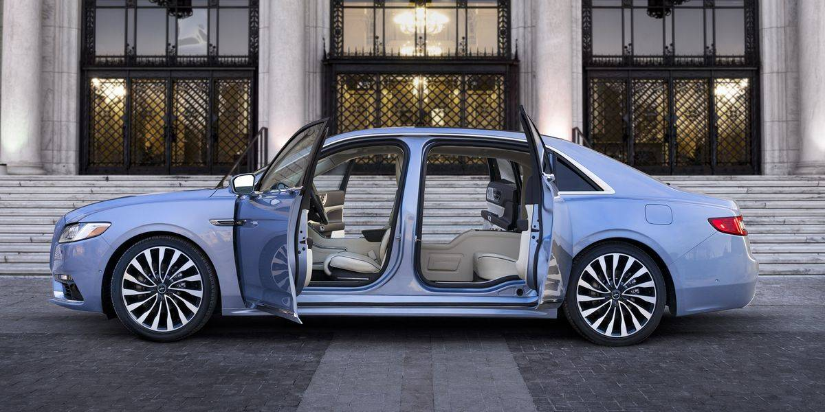 Lincoln Is All About Space And Comfort