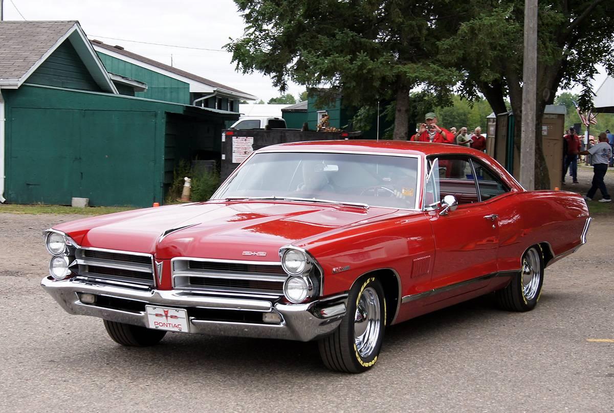 1964-1967 Pontiac 2 + 2
