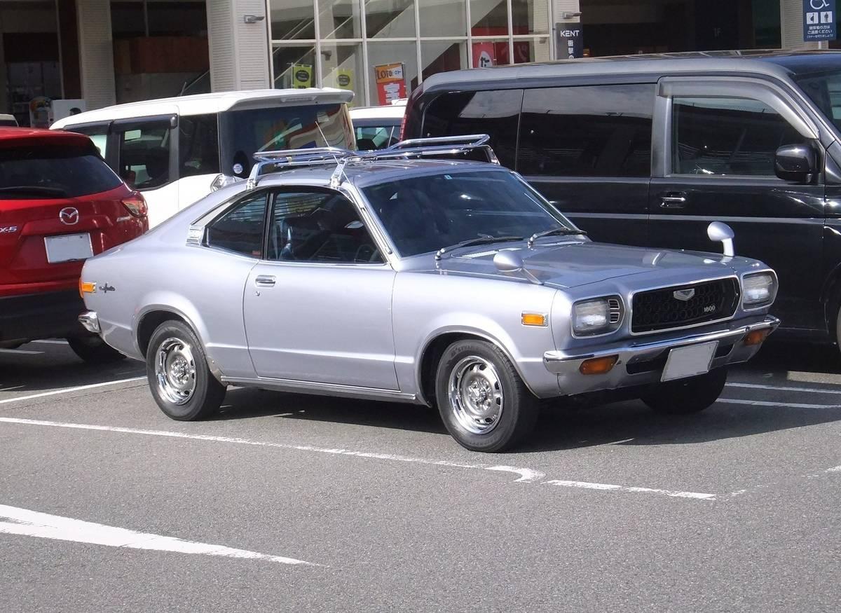 Mazda Grand Familia