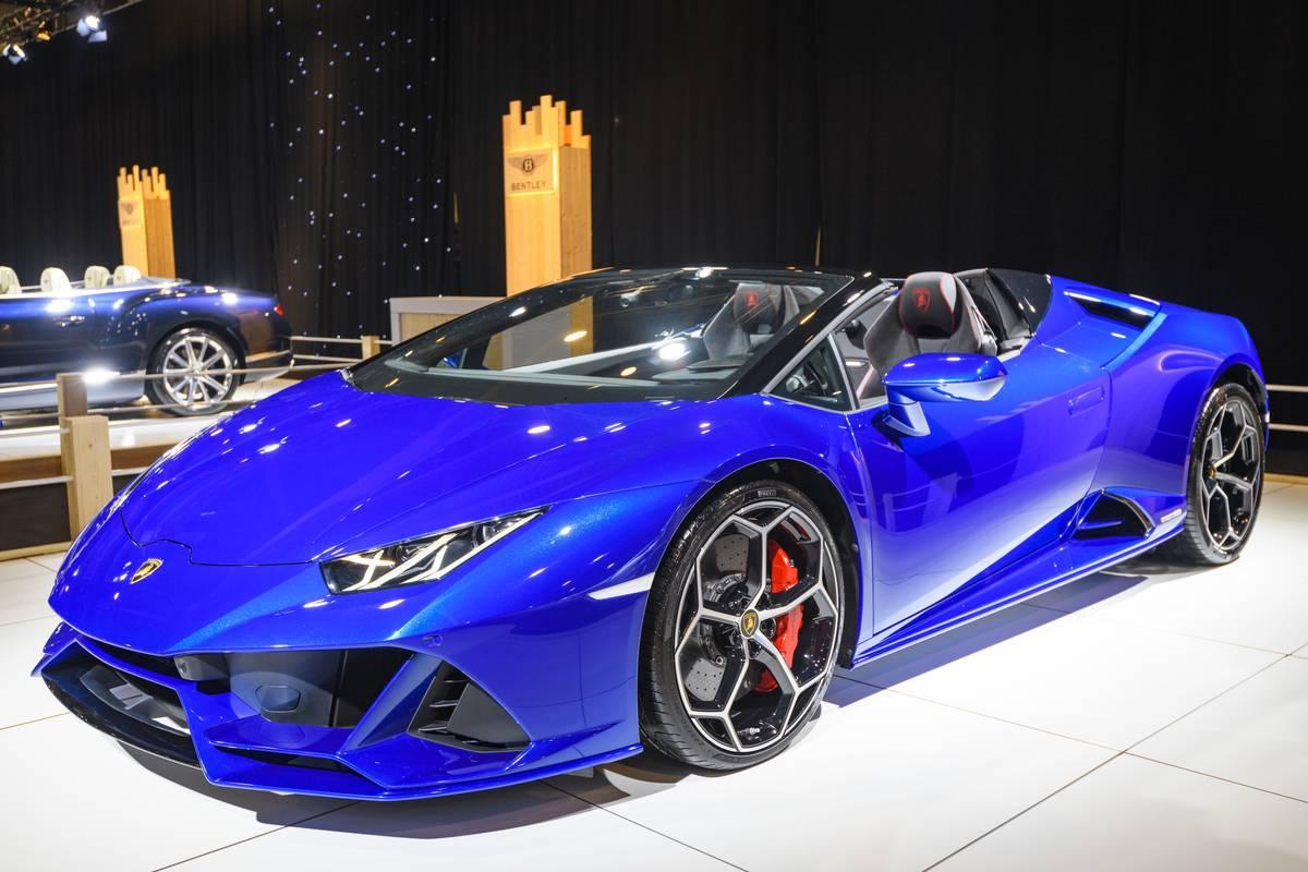 Lamborghini Huracan- Triple H