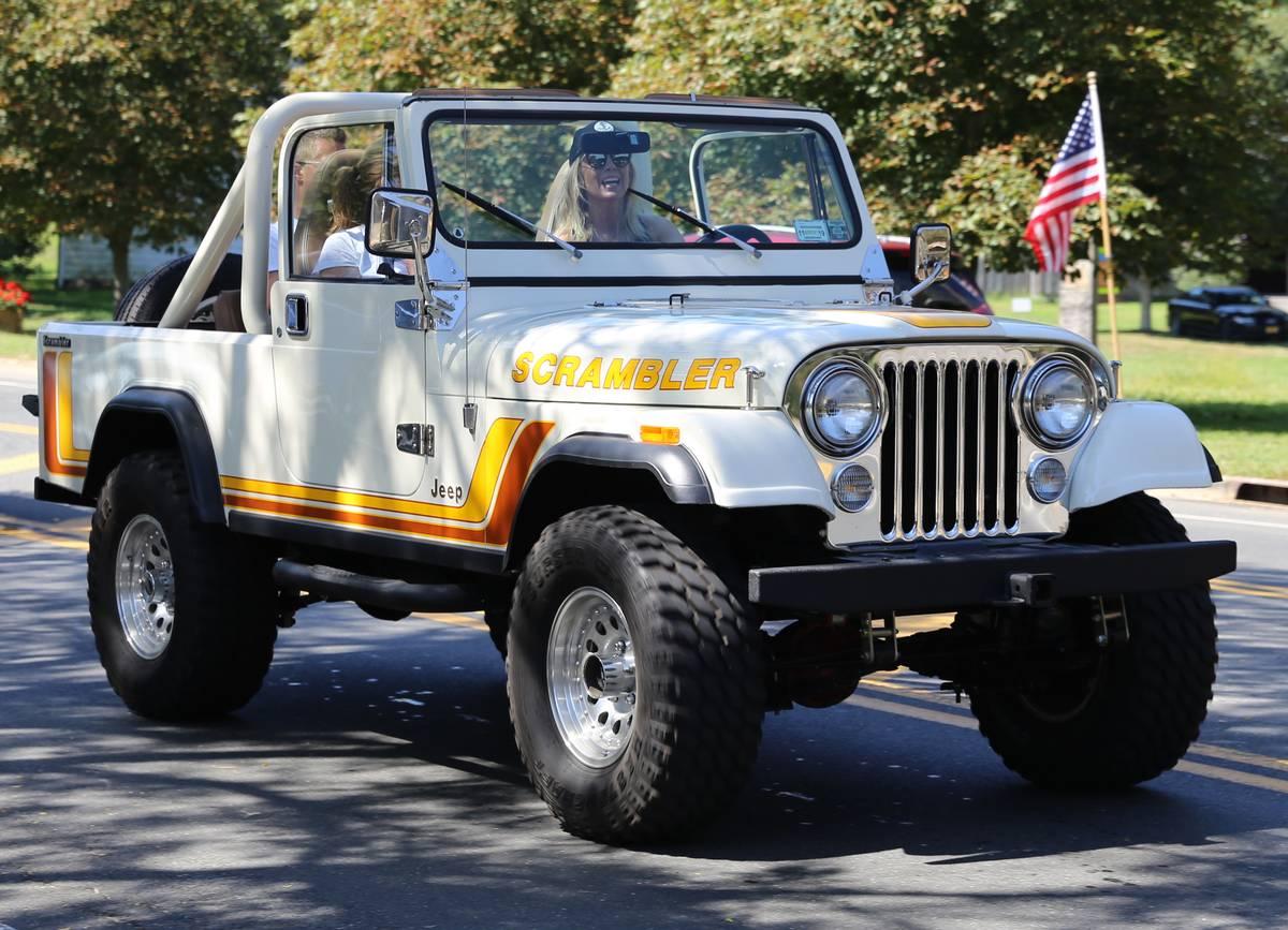 1982- Jeep Scrambler (CJ8)