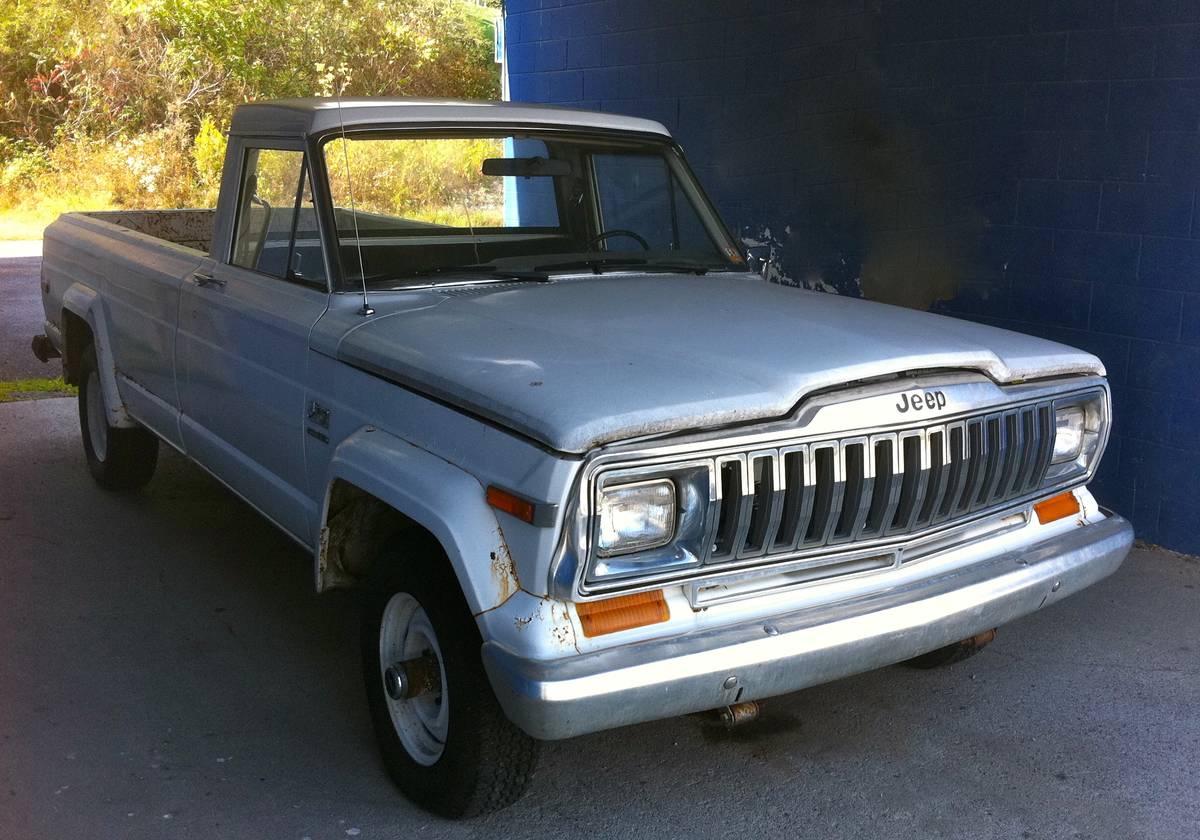 1983- Jeep Pickup