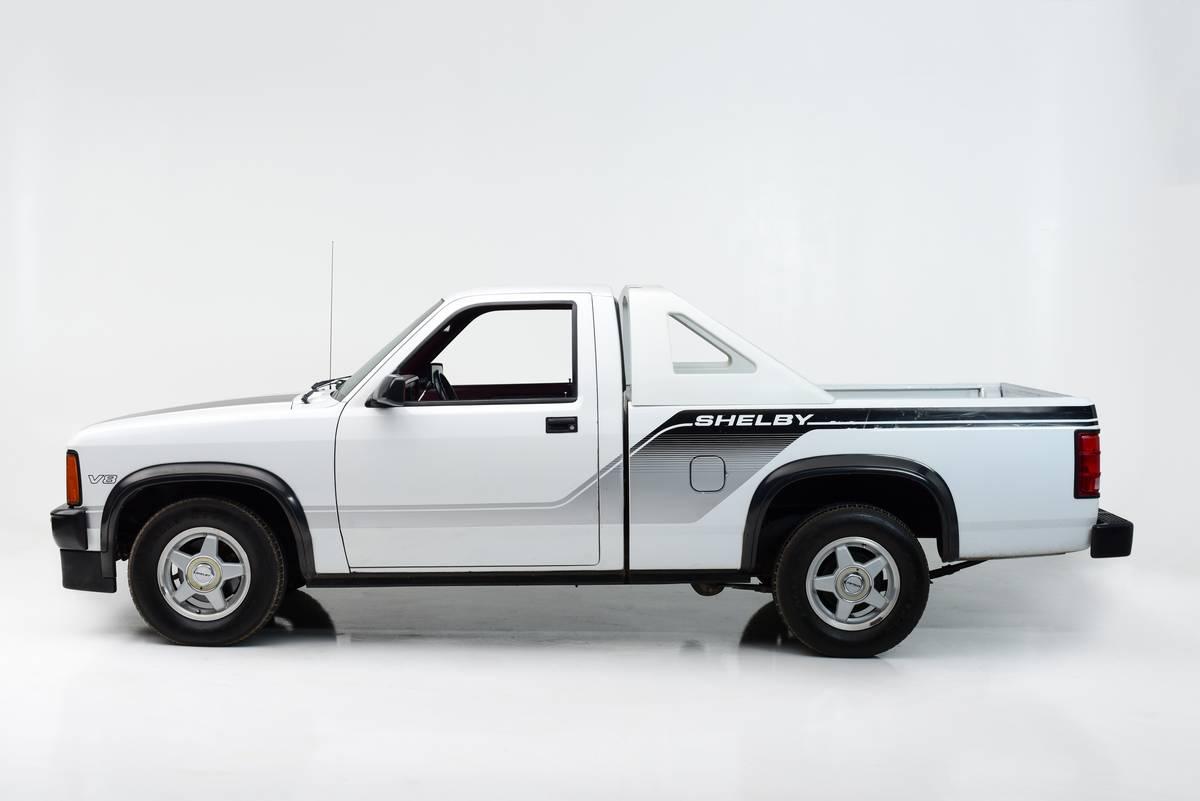 1987- Dodge Dakota