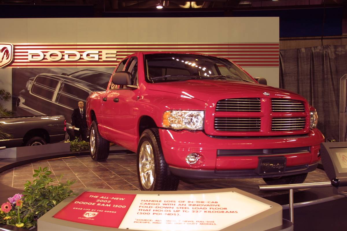 2002- Dodge Ram 3