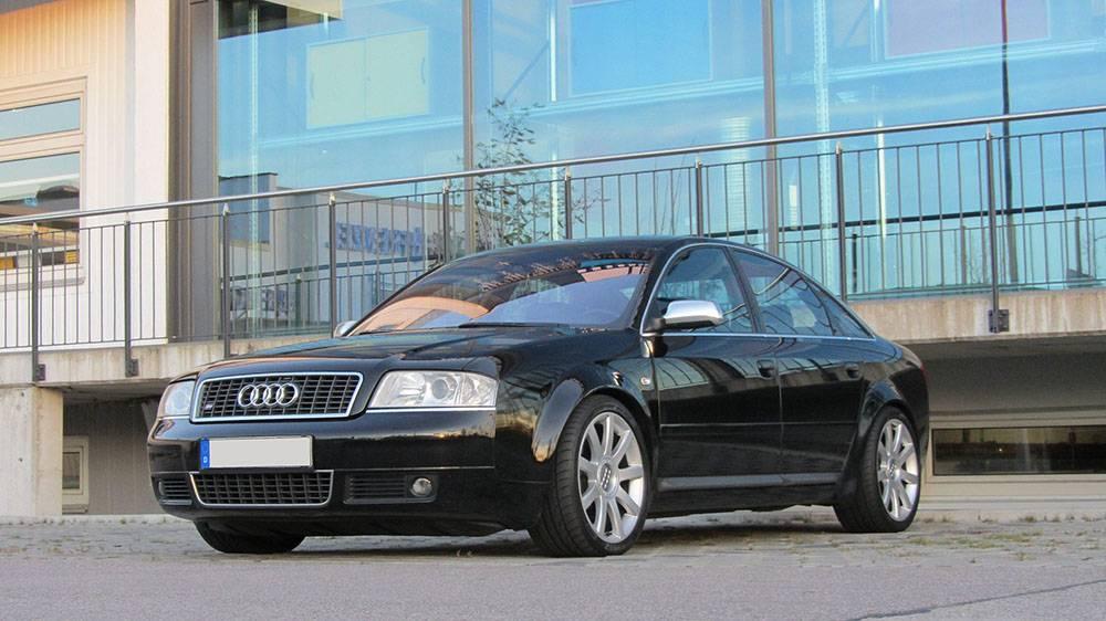 Audi A6 4.2 Quattro (4B)