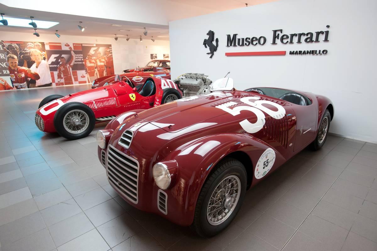 Production of the Ferrari 458 Italia