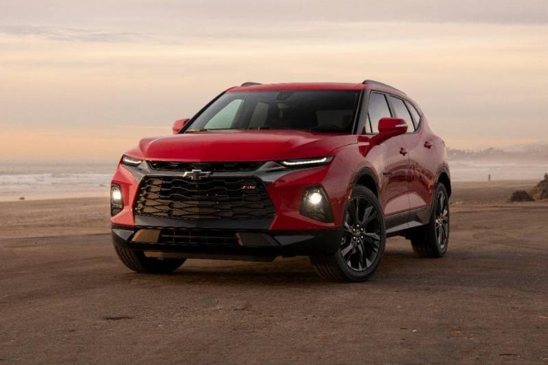 2019-Chevrolet-Blazer-032